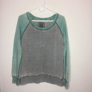 Nollie Large Gray and Green Sweatshirt